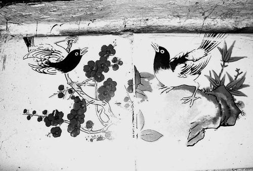 """喜鹊,梅花也常常是灶壁画的主要题材,为""""喜上梅(眉)梢""""之意"""
